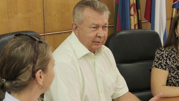 Александр Чехов в должности главы города Туапсе. Архивное фото