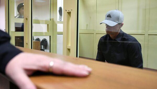 Игорь Сосновский во время оглашения приговора в Московском областном суде. 12 декабря 2017