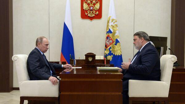 Президент РФ Владимир Путин и руководитель Федеральной антимонопольной службы Игорь Артемьев во время встречи. 15 декабря 2017