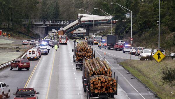 Крушение поезда компании Amtrak на мосту в штате Вашингтон. 18 декабря 2017