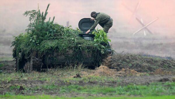 Совместные стратегические учения Белоруссии и России Запад-2017 на полигоне в Минской области