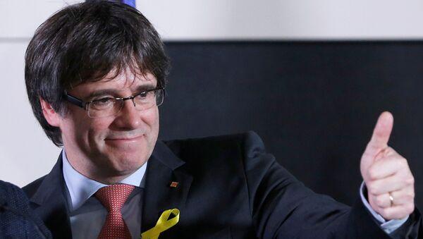 Бывший президент Каталонии Карлес Пудждемтон на выступлении после оглашения результатов региональных выборов Каталонии в Брюсселе, Бельгия. 21 декабря 2017