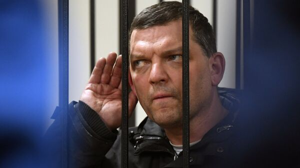 Экс-директор фабрики Меньшевик Илья Аверьянов, обвиняемый в убийстве, в Пресненском суде Москвы