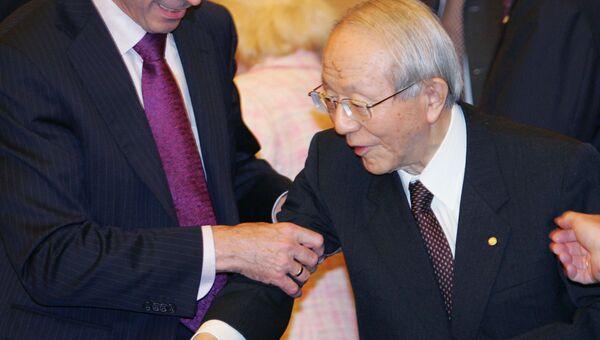 Бывший глава японского автоконцерна Toyota Motor Corporation Тацуро Тоёда (Тоеда)