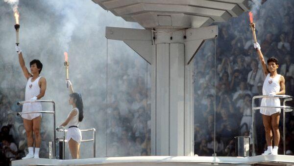Зажжение олимпийского огня на торжественном открытии XXIV Олимпийских игр в Сеуле