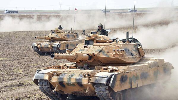 Маневры турецкой армии у южных границ страны. Сентябрь 2017