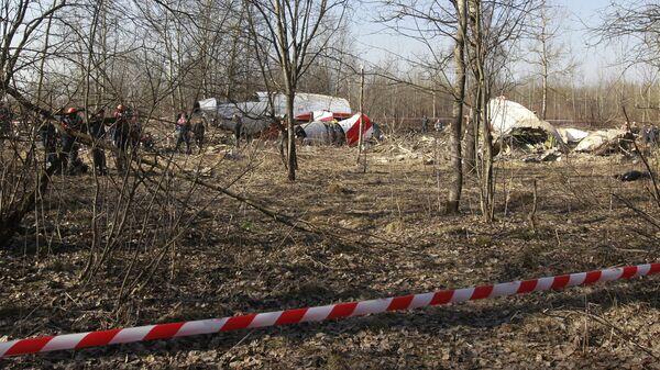 Место падения польского правительственного самолета Ту-154