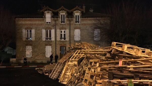 В результате протестов тюремщиков во Франции заблокирована тюрьма Фресна. 19 января 2018