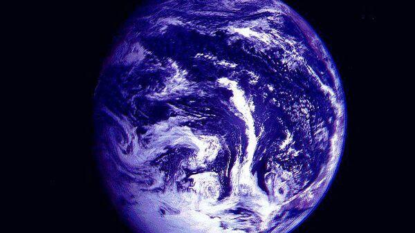 Изменение магнитного поля ведёт к изменениям в озоновом слое Земли...