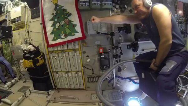 Верхом на пылесосе, или Суровые будни космонавтов на МКС