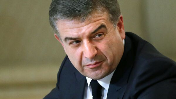 Глава правительства Армении Карен Карапетян. Архивное фото