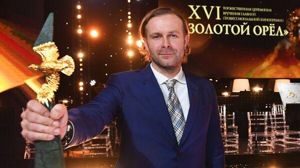 1513436185 0:0:3555:2001 600x0 80 0 0 f1f0ead127382e7cbf18cb0d71233798 - Милош Бикович: ощущал себя русским до того, как начал сниматься в России