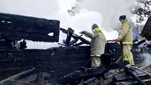 Тушение пожара в поселке Хужир Ольхонского района Иркутской области. 28 января 2018