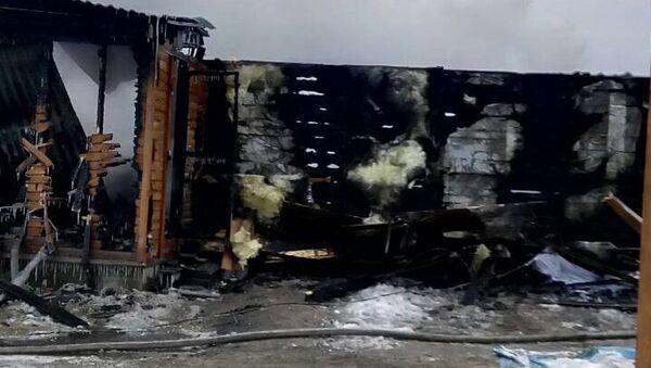 Последствия пожара в поселке Хужир Ольхонского района Иркутской области. 28 января 2018