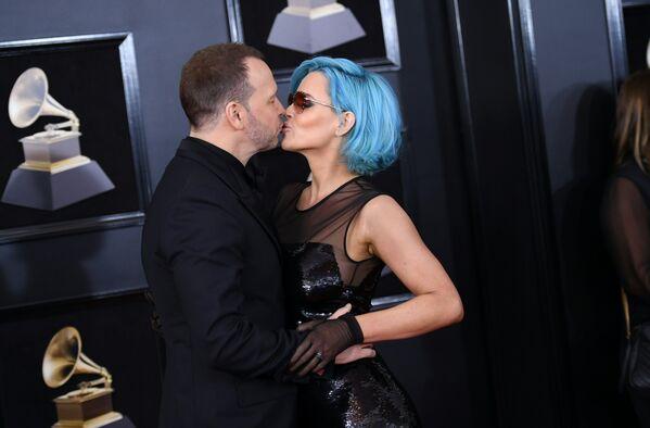 Донни Уолберг и Дженни Маккарти на 60-й церемонии Грэмми. 28 января 2018 год