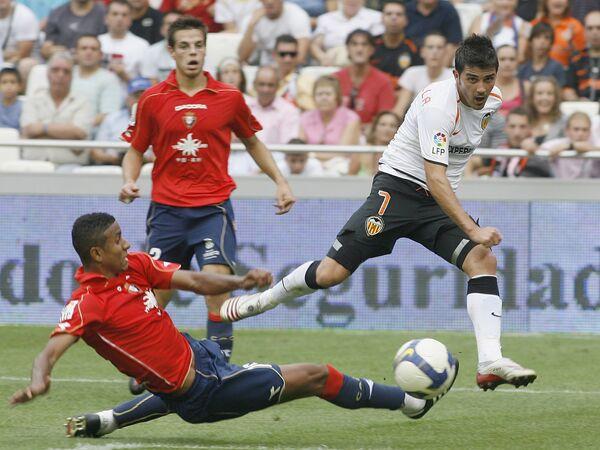 Матч чемпионата Испании по футболу Валенсия - Осасуна.  Архив