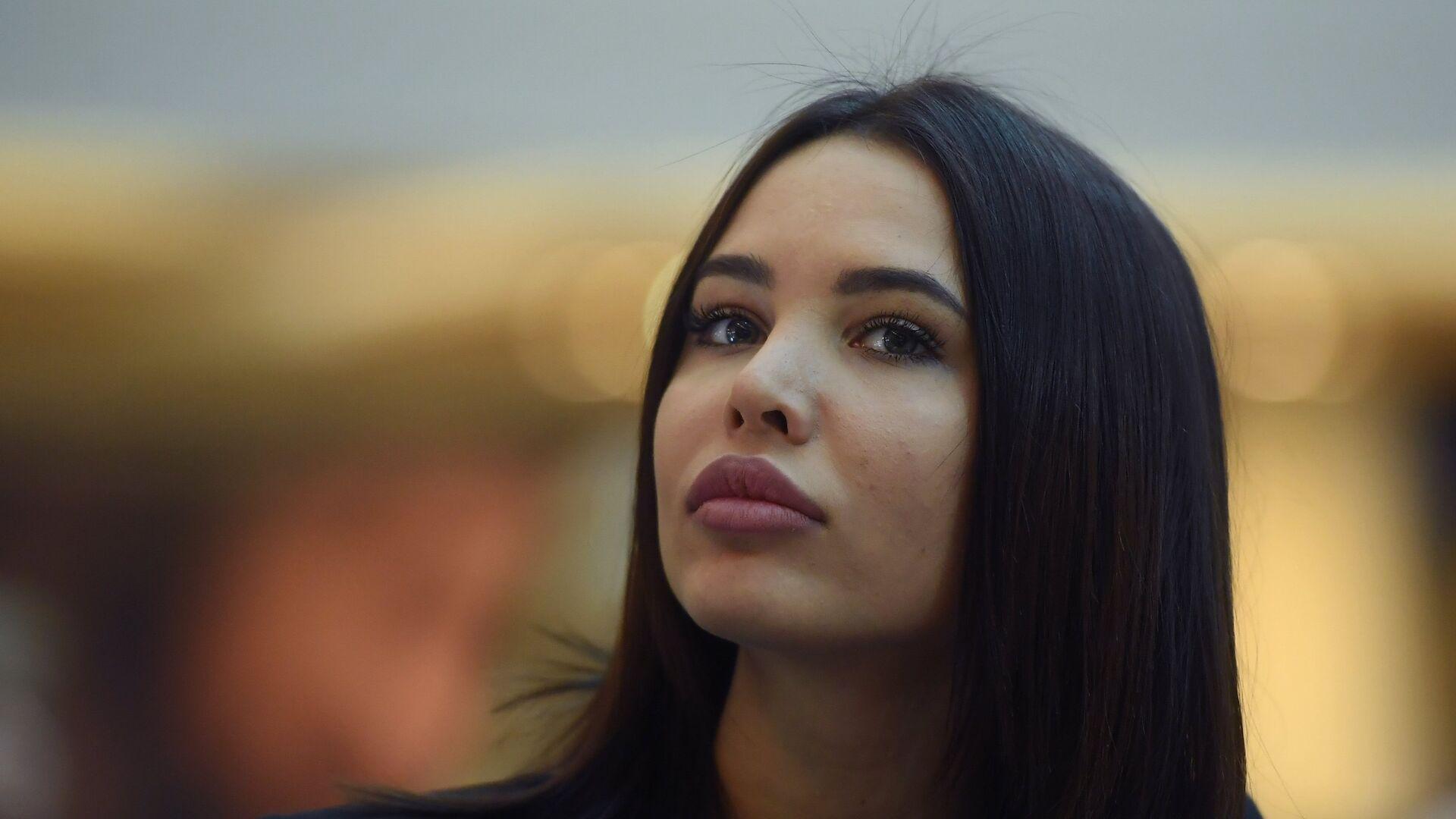 Решетова рассказала, чему ее научили отношения с Тимати - РИА Новости,  17.12.2020