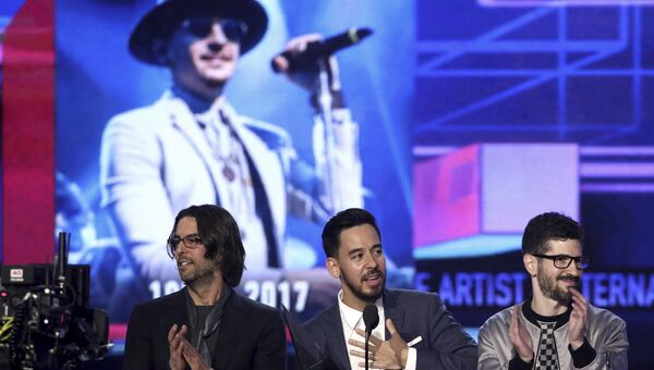 Группа Linkin Park на церемонии вручения премии American Music Awards