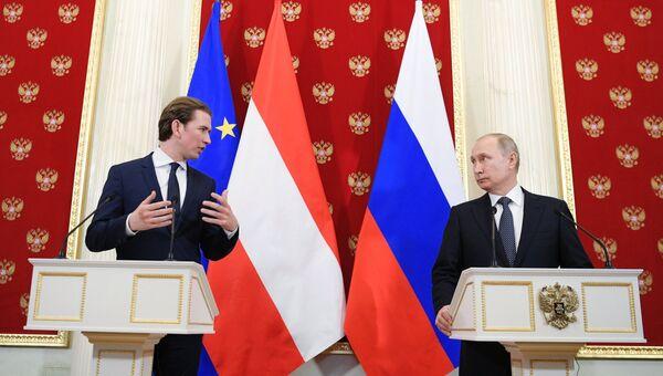 Президент РФ Владимир Путин и канцлер Австрии Себастьян Курц во время встречи. 28 февраля 2018