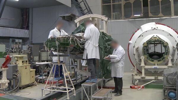 Стоп-кадр из видео Минобороны РФ о ракетном комплексе стратегического назначения с гиперзвуковым планирующим крылатым блоком