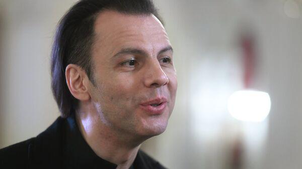 Греческий и российский дирижер Теодор Курентзис