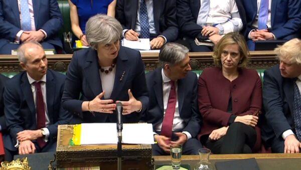 Премьер-министр Великобритании Тереза Мэй во время выступления в парламенте