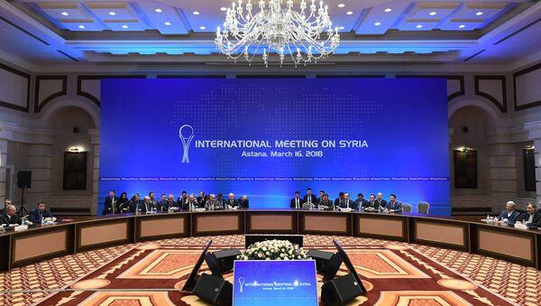 На встрече глав МИД стран-гарантов перемирия в Сирии в Астане. Архивное фото