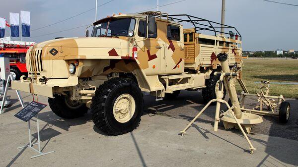 120-мм минометный комплекс 2С12 Сани, состоящий из миномёта 2Б11 и транспортной машины 2Ф510