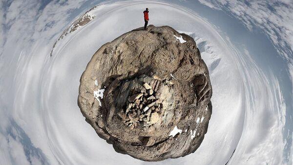 Ученый в Антарктиде