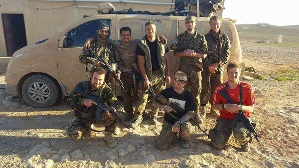 Сирийские курды, участники Отрядов народной самообороны. Архивное фото
