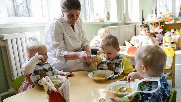 День заботы: как помочь няням в домах ребенка и больницах
