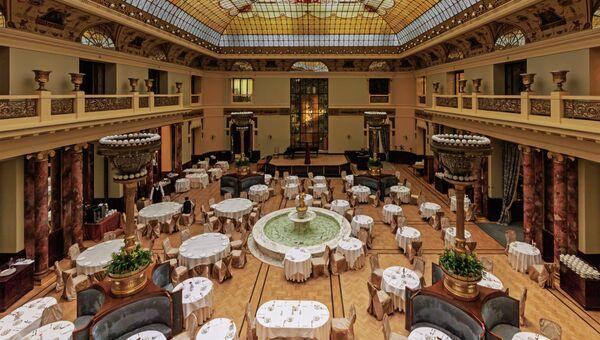 Атриум (ресторанный зал) гостиницы Метрополь в Москве