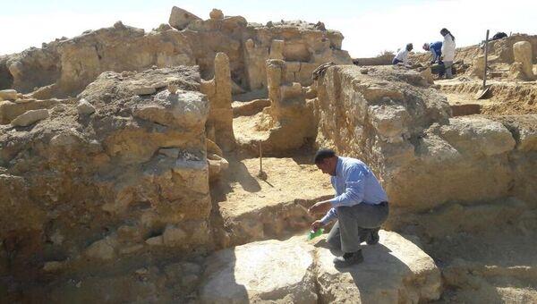 Археологические раскопки в Египте. Архивное фото