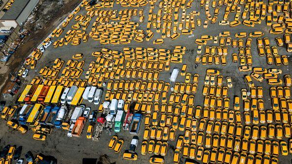 Стоянка автомобилей такси в Москве