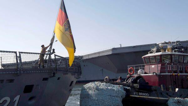 Немецкий военный корабль Hessen в порту Норфолк. 11 апреля 2018