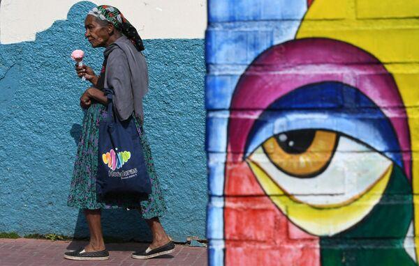 Пожилая женщина в Гондурасе