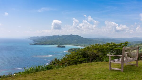 Карибский пляж на северном побережье Ямайки