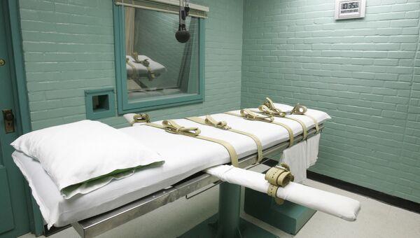 Комната, где приводится в исполнение смертный приговор через смертельную инъекцию, в тюрьме штата Техас, США. Архивное фото