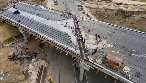 Строительство автомобильных подходов к мосту через Керченский пролив. Архивное фото