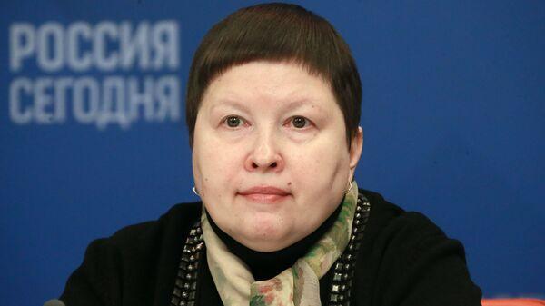Председатель комиссии Общественной палаты РФ по развитию общественной дипломатии, гуманитарному сотрудничеству и сохранению традиционных ценностей Елена Сутормина
