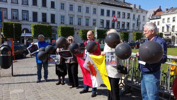 В Брюсселе у здания ЕП прошел пикет в память о трагедии 2 мая в Одессе. 2 мая 2018
