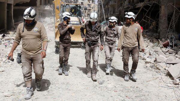 Активисты из организации Белые каски в Сирии. Архивное фото