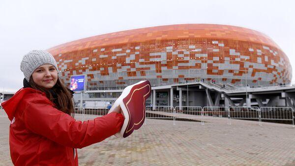 Волонтеры помогли в организации тестового матча на стадионе в Саранске