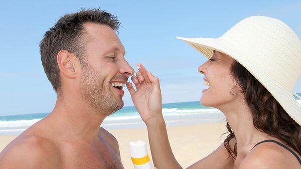 Основное средство защиты кожи от ультрафиолета – солнцезащитный крем