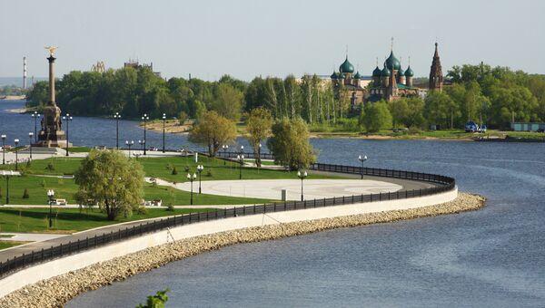 Вид набережной Ярославля. Архивное фото