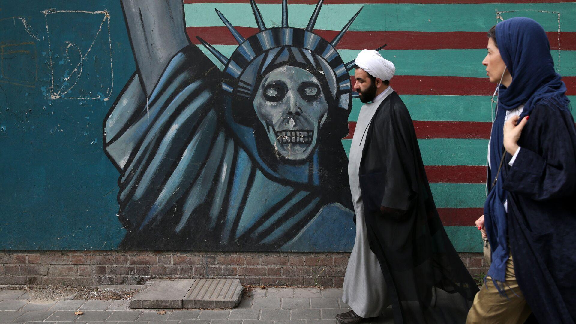 Антиамериканский рисунок в Тегеране - РИА Новости, 1920, 23.01.2021