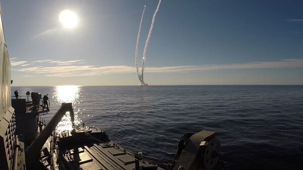 Запуск ракет Булава по полигону Кура с подводного крейсера Юрий Долгорукий