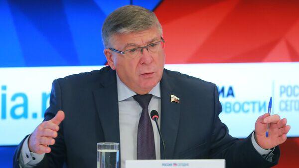 Первый заместитель председателя Комитета Совета Федерации по социальной политике Валерий Рязанский