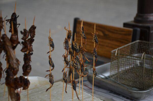 Жареные сверчки и скорпионы