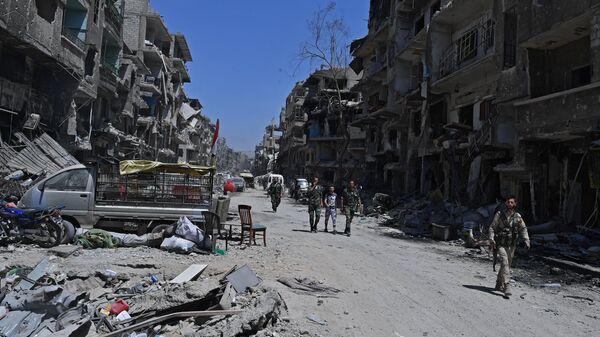Освобожденный от боевиков лагерь беженцев Ярмук на юге Дамаска